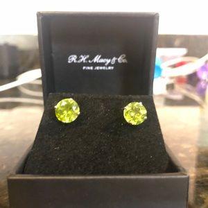 RH Macy & Company 14k White Gold Peridot Earrings